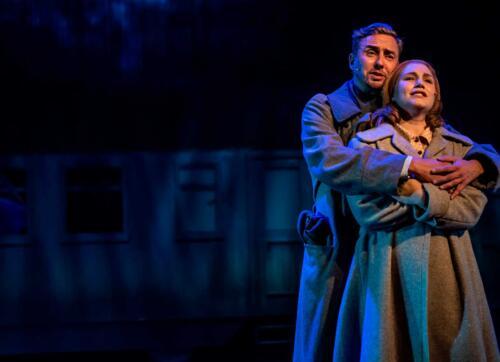 Äidinmaa on kotimainen musikaali, jonka ensiesitys on Kuopion kaupunginteatterissa