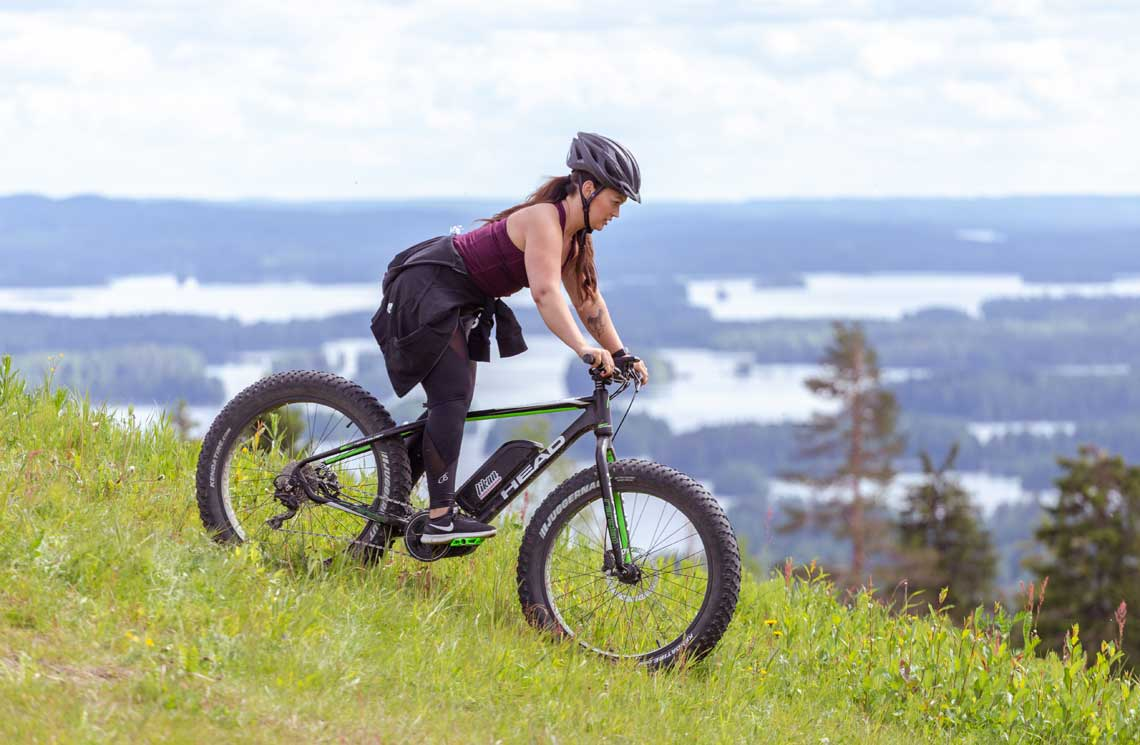 Regular mountain bikes and eBikes can be rented from Tahko.