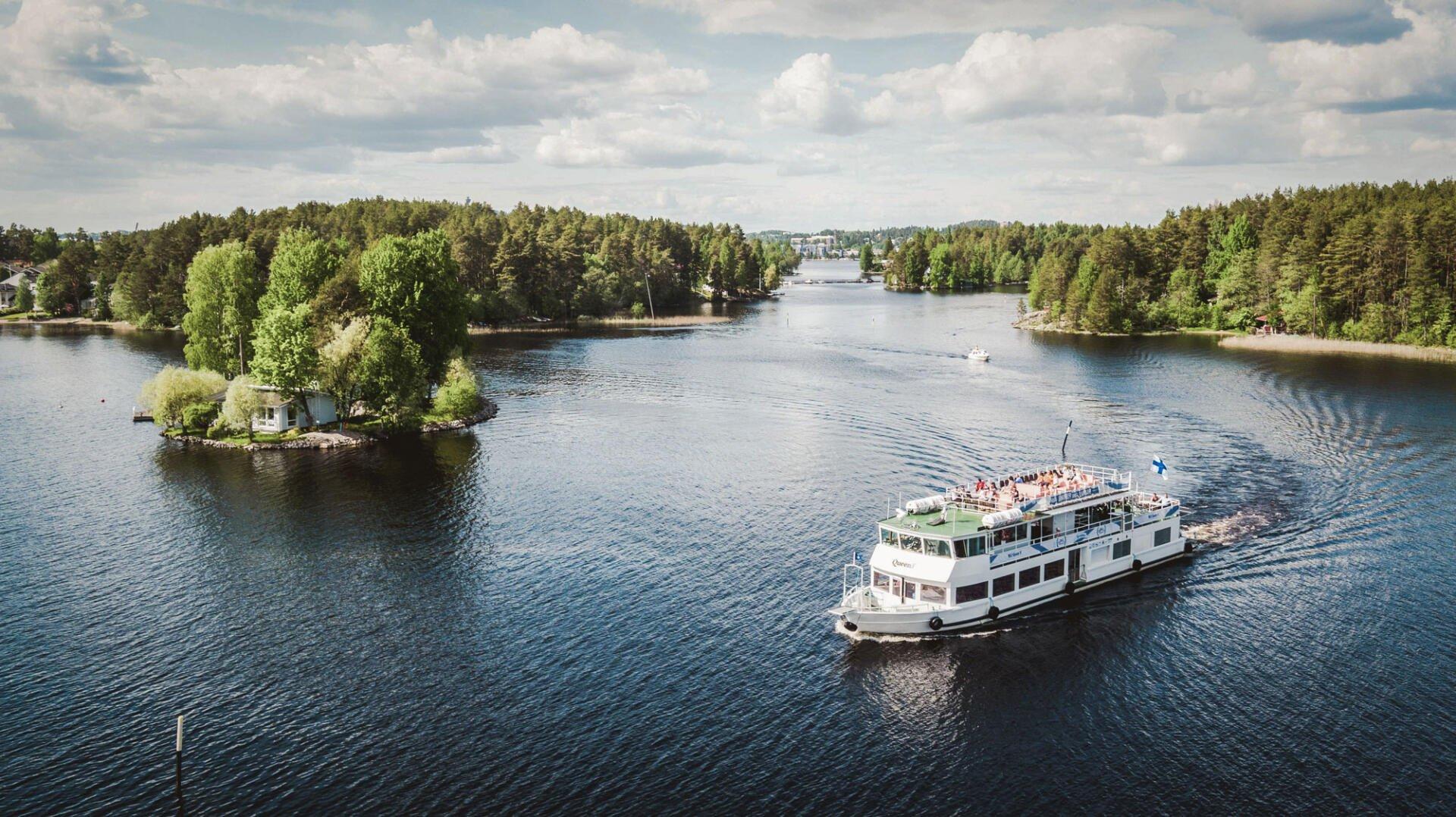 Onnellisuuden aaltoja Järvi-Suomen pääkaupungissa, Kuopiossa