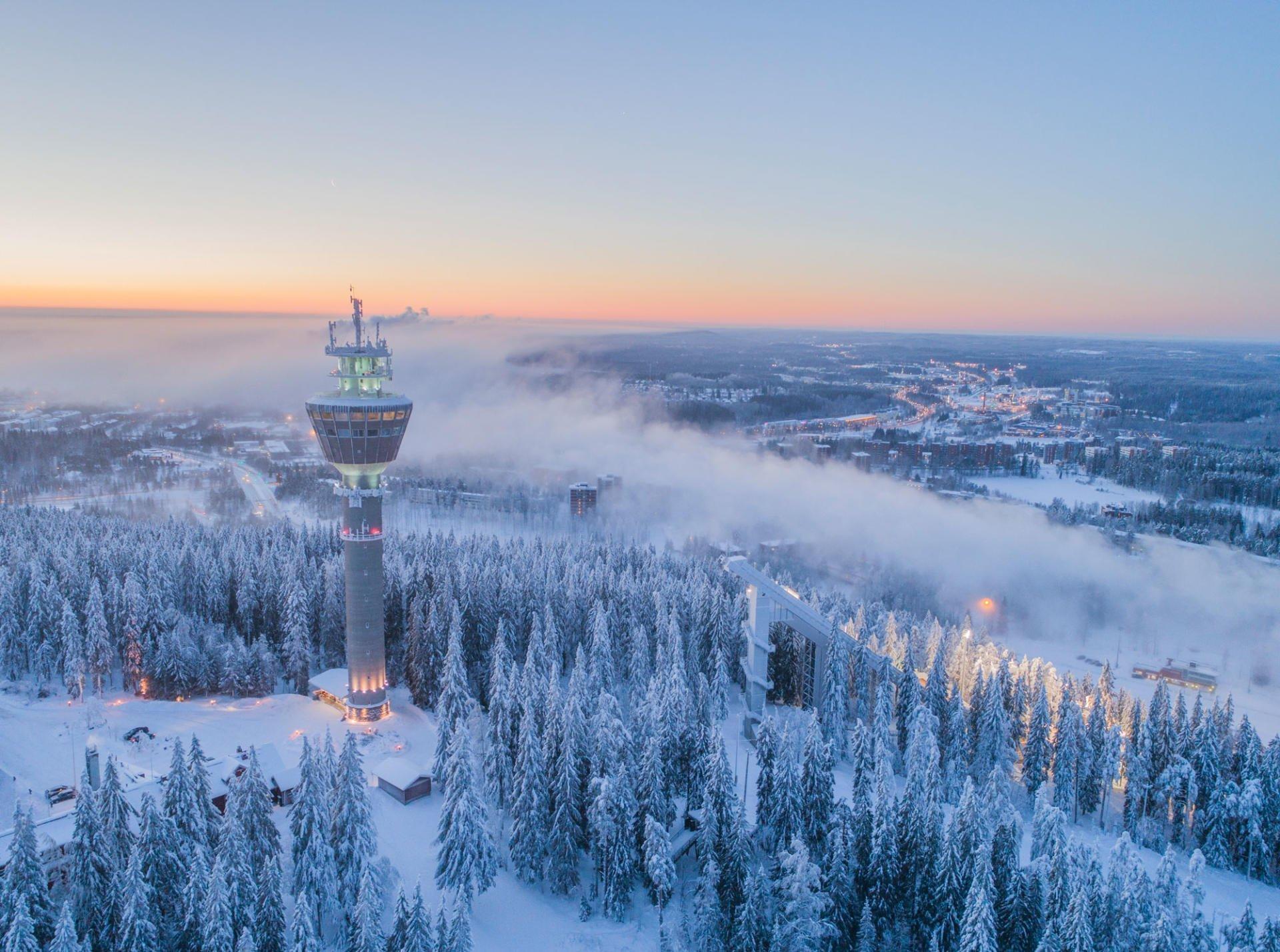 Koe lumoava luonto ja kaupungin kosketus talvisessa Kuopiossa