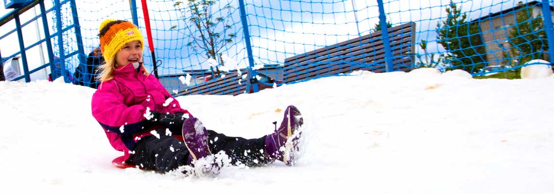 Talven ensimmäinen liukumäki on Tahkolla.