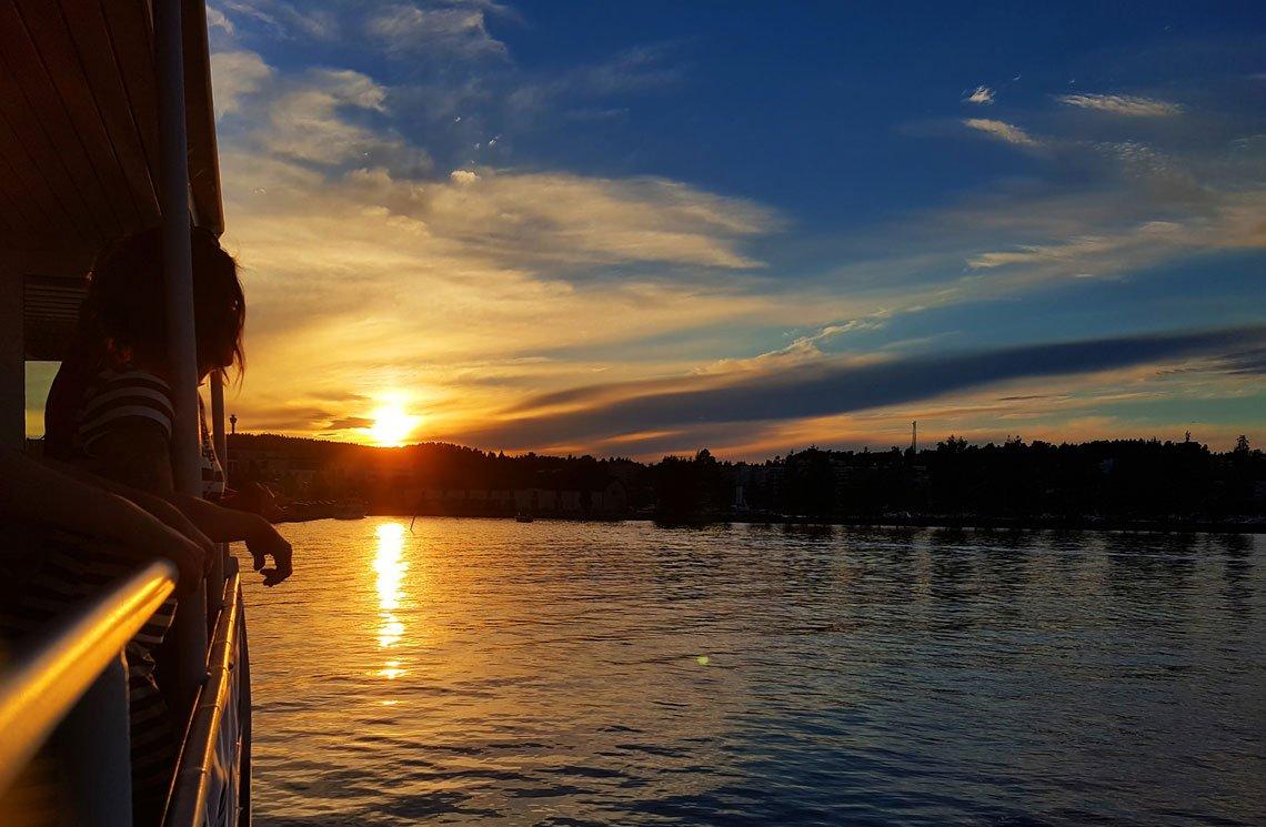 Auringonlasku-Kuopion-Kallavedellä