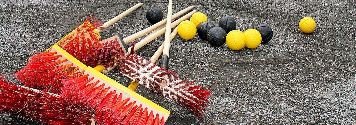 kurlaus-pelin harjoja ja pelipalloja